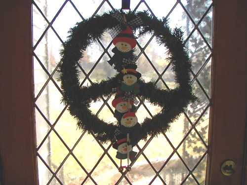Snowman Peace Wreath