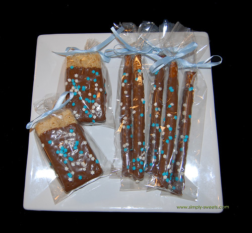 Blue and white Hanukkah themed chocolate dipped treats