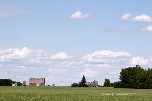 Decaying farmstead - Saskatchewan