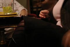 flickr@paris [octobre 2008] (alibaba0) Tags: woman girl hand femme main hose elegant bas fille pantyhose natacha flickrparis pibette upcoming:event=1382964