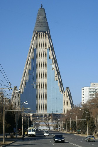 اغرب المباني في العالم خمسون مبنى غريب