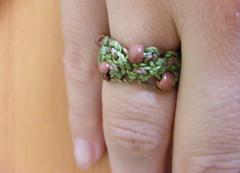 Anillo verde y caf c/mostacillas (Artesania en macrame :)) Tags: anillos