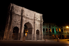 Arch of Constantine by night (S_A_S_17) Tags: city longexposure italy rome roma night dark evening long arch constantine colosseum tokina 1224mm italie 1224 archofconstantine d60 nikond60 exposurenikon boogvanconstantijn