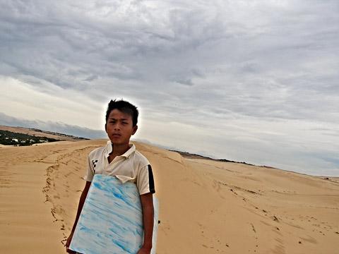 Dune kid, Mui Ne, Vietnam