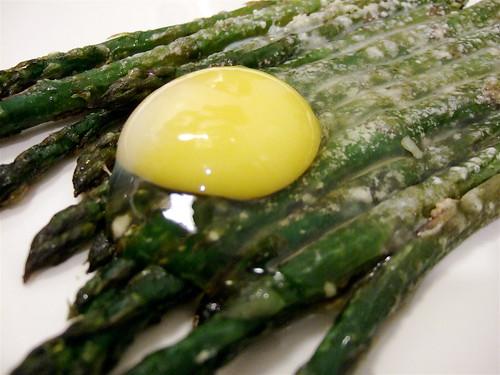 asparagus + egg