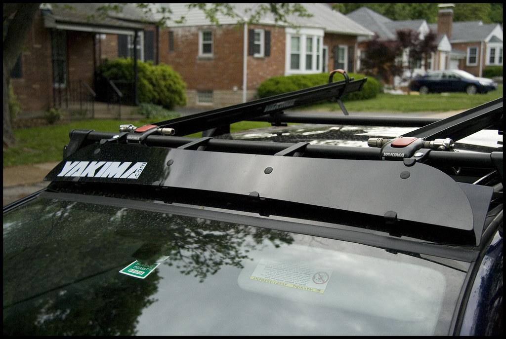 BrightLines Honda Odyssey Roof Rack Crossbars Kayak Rack