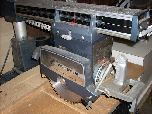 Radial Arm Saw - Pow-R-Kraft