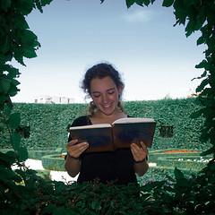 didp 16 (janGlas) Tags: portrait netherlands festival square poetry olympus poet e3 groningen portret 2008 zuiko stad dichter prinsentuin pozie zd janglas dichtersindeprinsentuin 1260mm olympuse3