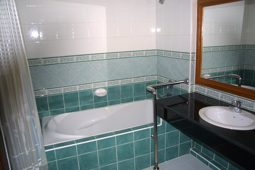 koh samui- samui first house-bathroom