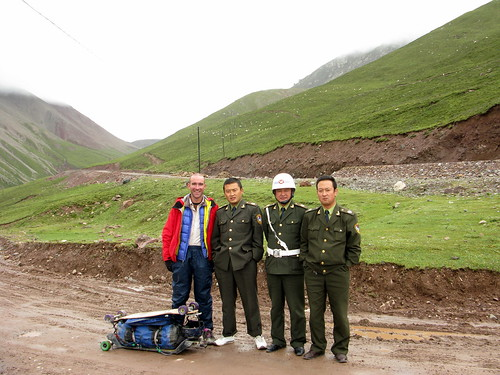 Army folk stop for a pic on way up 4,190m pass near Chiling, Qinghai Province, China (Qinghai Highway 204)