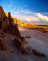 Cathedral Gorge State Park (reddirt791/Bradley Cox) Tags: sunset sundown hiking nevada olympus bradley cox e3 swd picnicking cathedralgorgestatepark lincolncounty challengeyouwinner 1260mm shingingstar