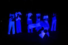 Kapuera voorstelling op de begraafplaats (Omroep Brabant) Tags: show licht avond denbosch jubileum begraafplaats kerkhof viering omroepbrabant orthen kapuera wwwomroepbrabantnl 150jarig