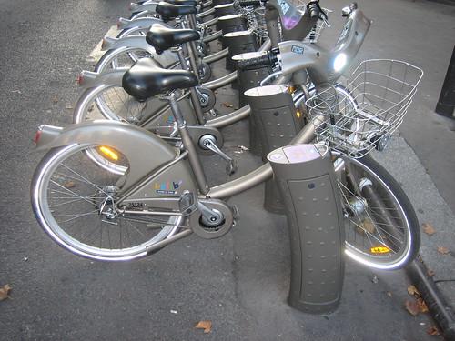 2008-08-29_02_velib_bikes