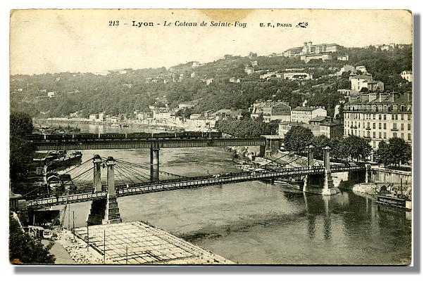 213 - LYON - Le Coteau de Sainte-Foy