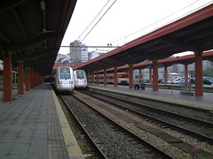 Vigo_25-07-08_58 (JT Curses) Tags: railroad station train tren gare rail bahn regional vigo estación estació ferrocarriles ferrocarril renfe adif ffcc automotor regionales 598 trenbidea mediadistancia nexios urtaroa