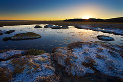 Sunset at salar de Uyuni - Bolivia (Auré from Paris) Tags: travel sunset cactus landscape island volcano desert flat nowhere salt scenic bolivia panoramic andes geology paysage montain altiplano bolivie lipez andina salardeuyuni canoneos5d tunupa lipes auré avaroa coqueza