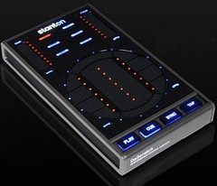 Stanton DaScratch digital DJ controller by momentimedia