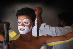 Pili Vesha (Roshans Album) Tags: india facepainting karnataka 2008 mangalore dakshinakannada mangaloredasara aplusphoto hulivesha pilivesha mangalorenavaratri roshansphotos roshansalbum dasarafacepainting