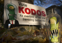friends of kodos (robolove3000) Tags: toys election simpsons kang politcal kodos actionfiguresfallleaves