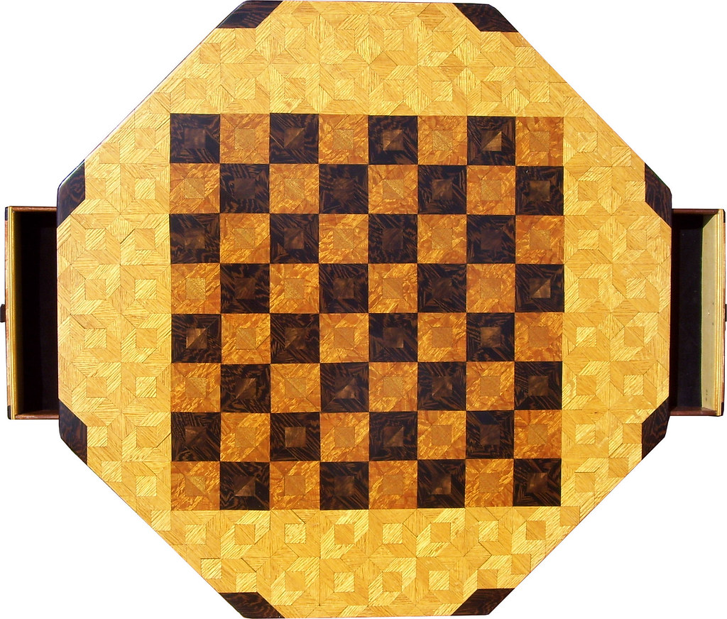 Medium Oak Chess Table