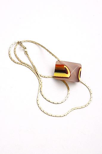 supermandolini polygon beige necklace