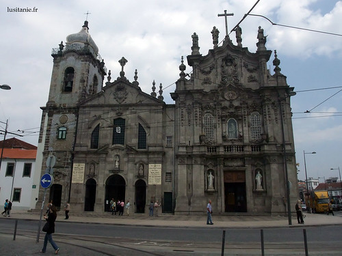 Igrejas gémeas dos Carmelitas e do Carmo, no Porto