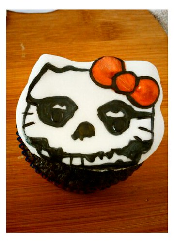 Die die die.....my cupcake! by Little Sweeties Cupcakes