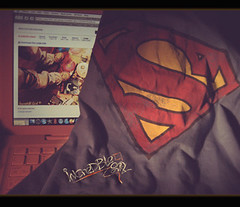 Super Man come back :P (H)  (  | Ruba , [ AWAY ]) Tags: man mac super superman saudi ksa macbook incrediblegirl