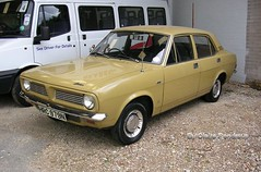 For Sale: Morris Marina 4-Door Saloon (one very careful owner). (Lady Wulfrun) Tags: car marina austin 1974 morris 1970s saloon 2007 1300 britishleyland bl hrc979n