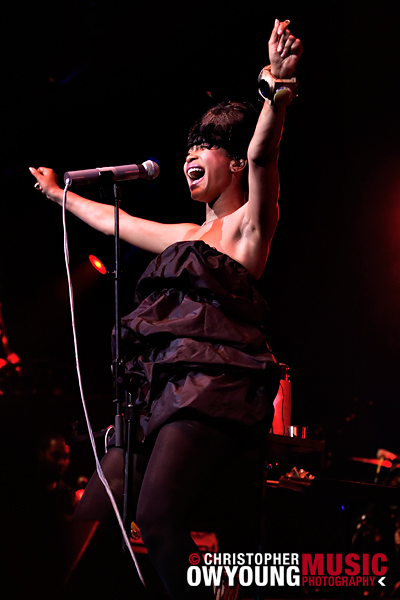 Erykah Badu @ Radio City Music Hall - 09.05.2008