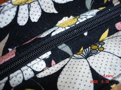 黑底印花背袋-2