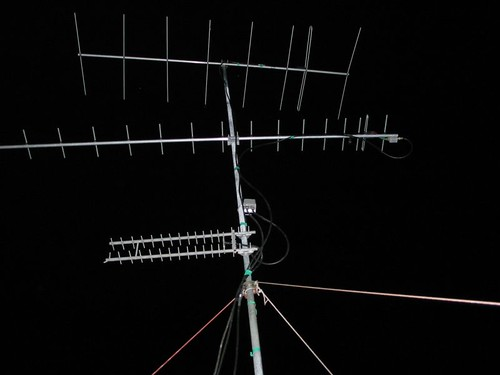 "VHF and UHF antennas for winter field day contest • <a style=""font-size:0.8em;"" href=""http://www.flickr.com/photos/10945956@N02/2603243421/"" target=""_blank"">View on Flickr</a>"