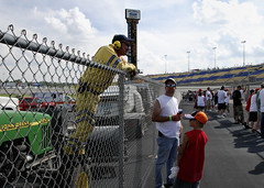 chat over the fence (haglundc) Tags: tower fence kentucky crowd pit nascar fans 300 oreo meijer scoring speedway