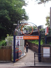 Picture of South Tottenham Station