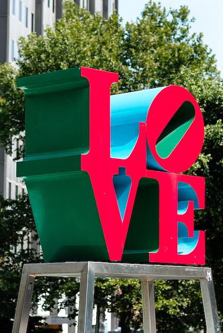 Love Statue Philadelphia, Pa