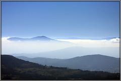 Montaas (chausinho) Tags: blue azul landscape paisaje galicia nubes niebla montaas