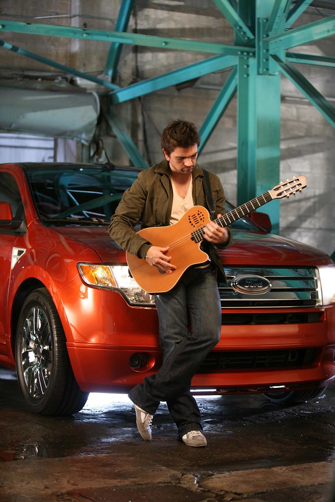 Juanes Promoting SYNC on the 2008 Ford Edge