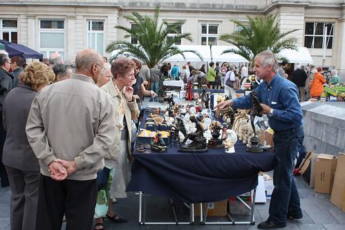 Rommelmarkt op het Martelarenplein