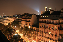 Boulevard de Denain - Paris (France) (Meteorry) Tags: street paris france tower night hotel evening europe boulevard tour eiffel toureiffel soir montparnasse nuit nord mercure terminus tourmontparnasse terminusnord accor meteorry saintvincentdepaul boulevarddedenain