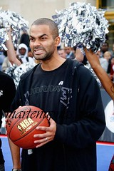 tony parker with the screw face