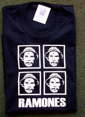 Remera Ramones (Lady Krizia) Tags: tshirt ramones vinilo chavo remera wilwarin remeras estampado donramn termoestampado