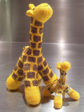 Big and little giraffe