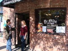 Ye old (EatingVideo) Tags: old wafflehouse tricia ye