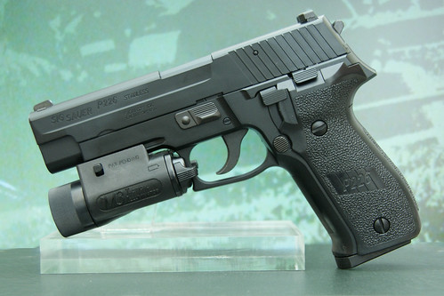 Tokyo Marui Sig Sauer P226 with a M3 light