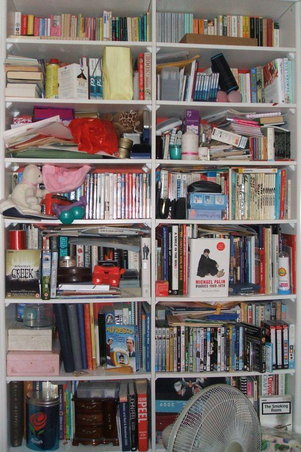 25Nov08 Bookshelf
