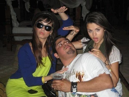 Selena Gomez, Demi Lovato, and Selena Gomez's Dad!
