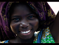 BURKINA FASO (BoazImages) Tags: life africa woman girl beauty smile rural pretty happiness westafrica glowing laughter ouagadougou burkinafaso        burkinabe boazimages