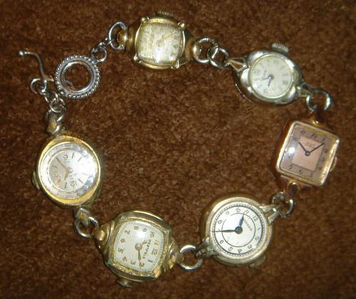 watch:bracelet