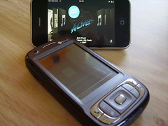 iPhone 3G vs HTC TYTN II