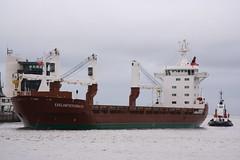 Egelantiersgracht (calzer) Tags: harbour vessel cargo aberdeen tug egelantiersgracht